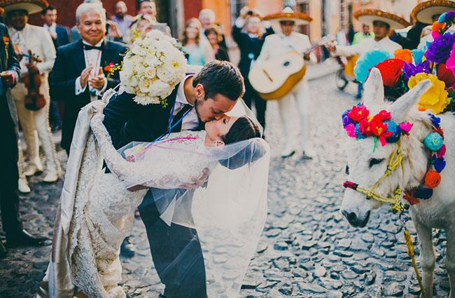a-mid-winter-nights-dream-wedding-in-mexico-mia-guillermo-199-int