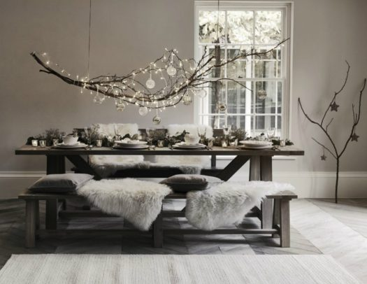 Modern-Christmas-table-decor-900x697